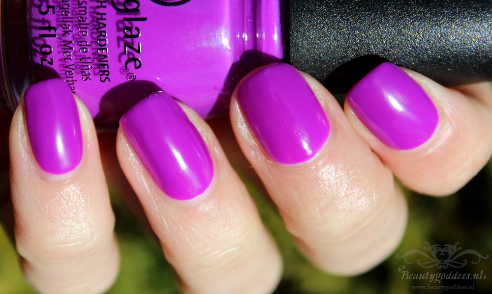 china_glaze_electric_nights_004