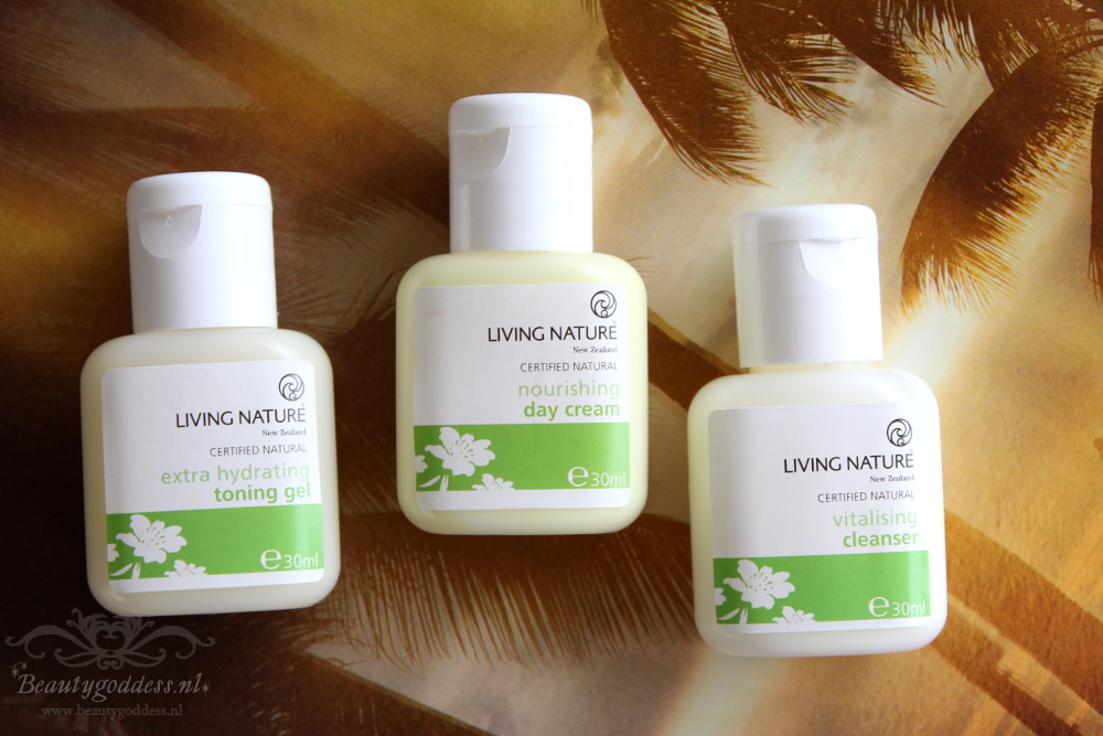 living_nature_skin_minis_06