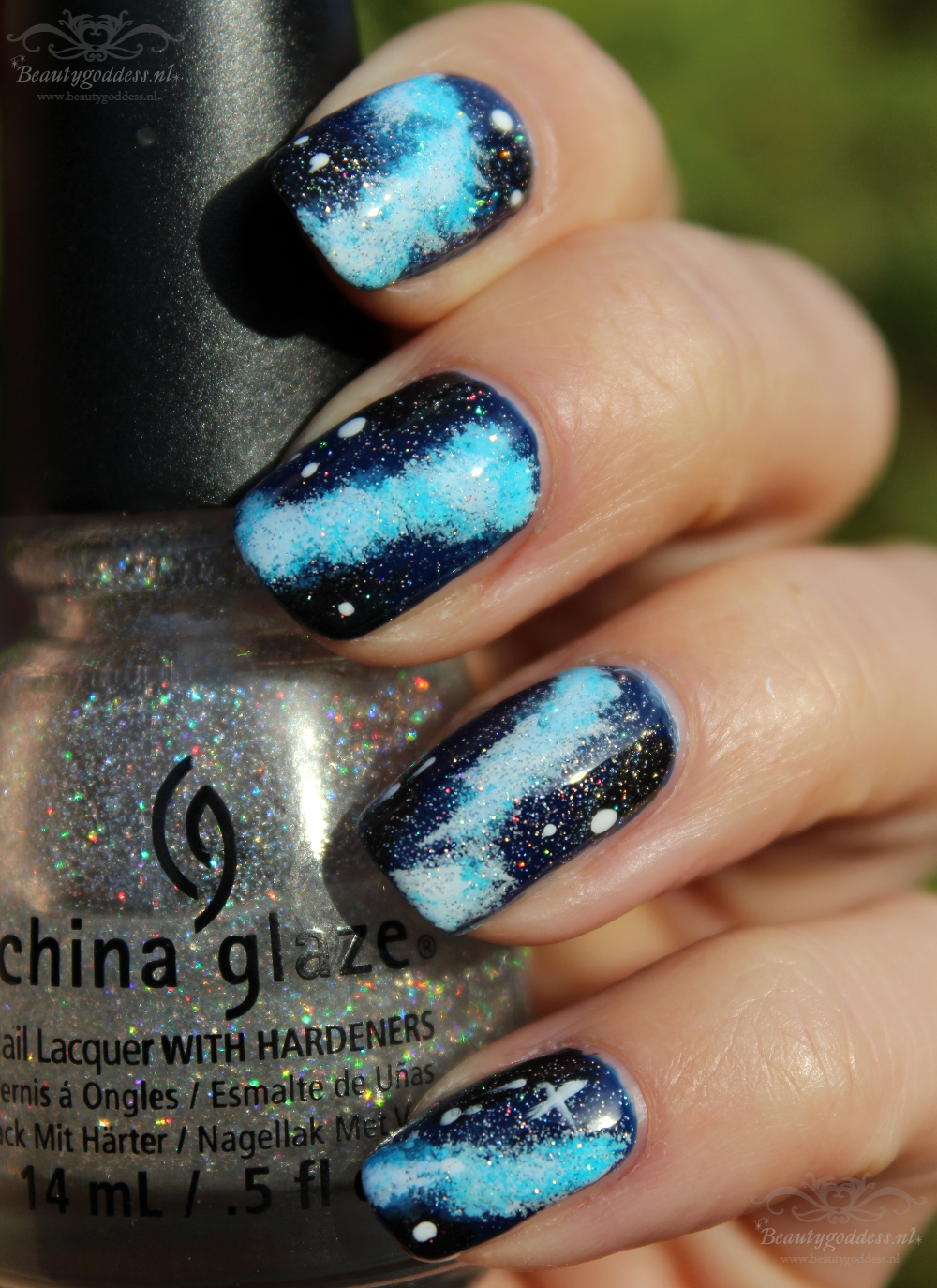 Blue_Galaxy_nailart_002