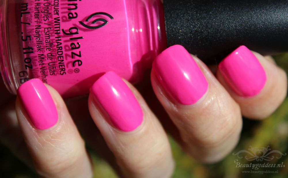 china_glaze_lite_brites_ill_pink_to_that_1