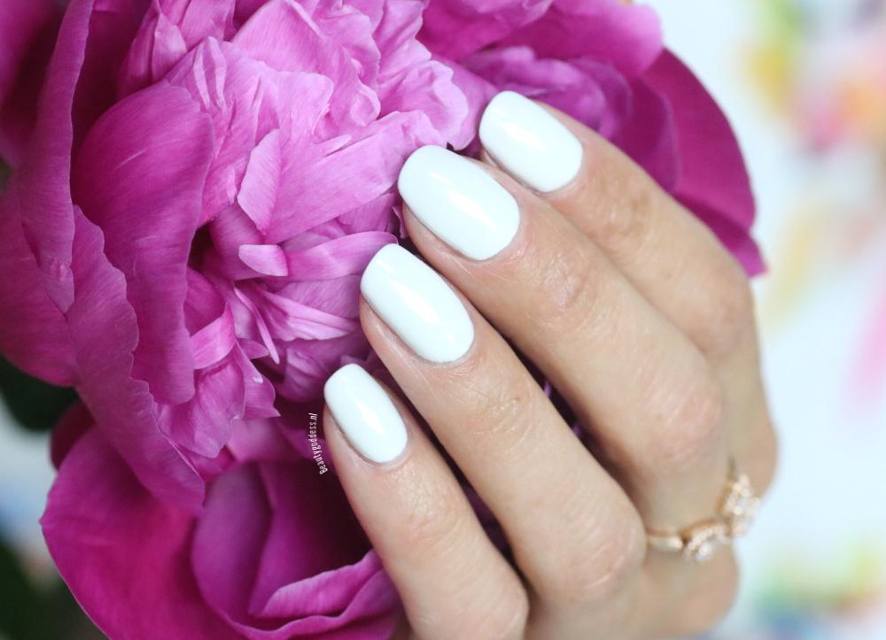 Pink Gellac Decent White
